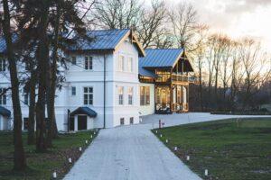 K31. Novatik@7 lucruri de ştiut despre acoperişurile metalice