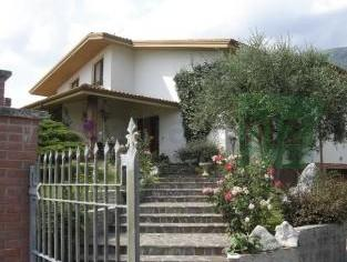 casa Vendita a Meduno Italia